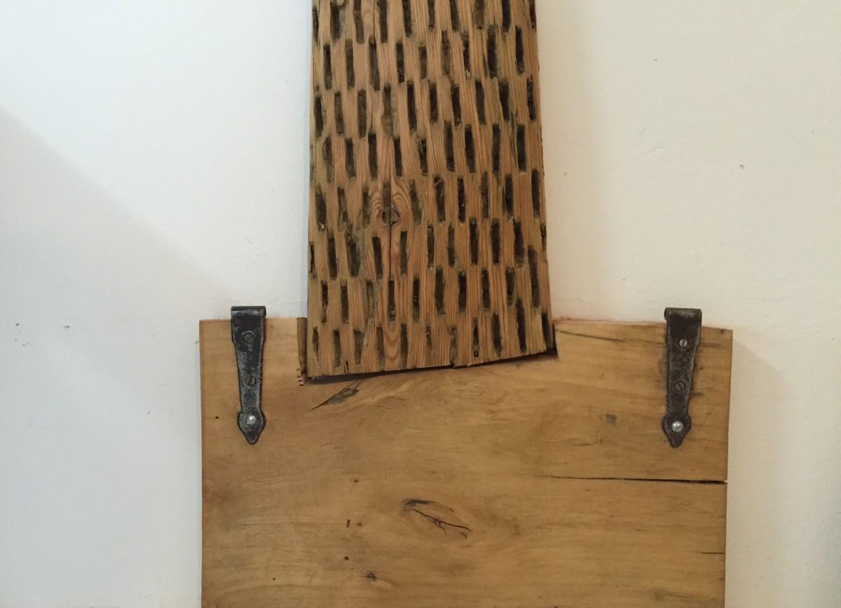 Tronco del perchero con forma de árbol
